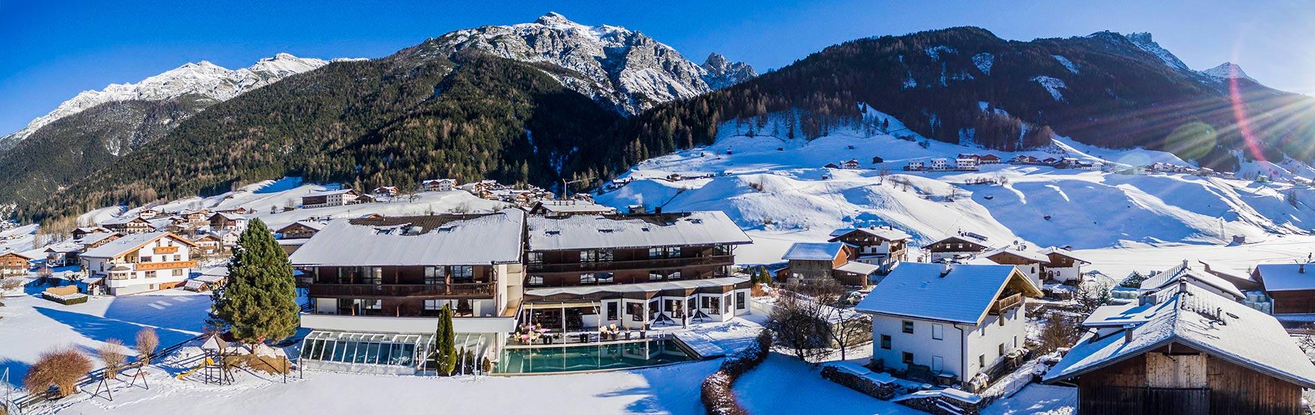 Happy Stubai Hotel Neustift Tirol Austria Hostel Winterurlaub im Stubaital