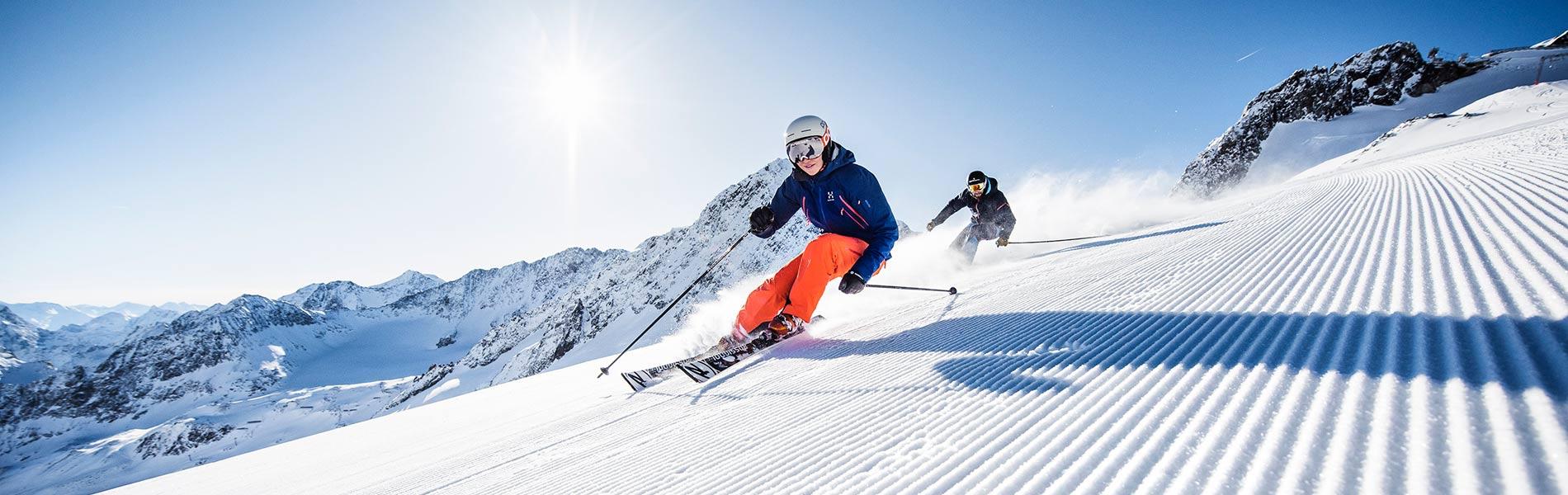 Ski Opening Herbstskilauf im Stubaital in Tirol Hotel Happy Stubai
