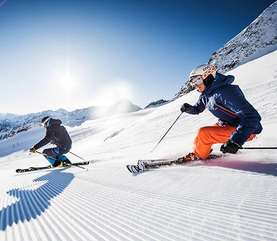 Skiurlaub in Tirol Happy Stubai Hotel Neustift Tirol Stubaier Gletscher Österreich