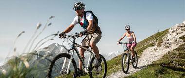 Happy Mountains Stubaital Hotel Neustift Tirol Stubaier Gletscher Österreich Hostel Pauschalen Angebote Last Minute