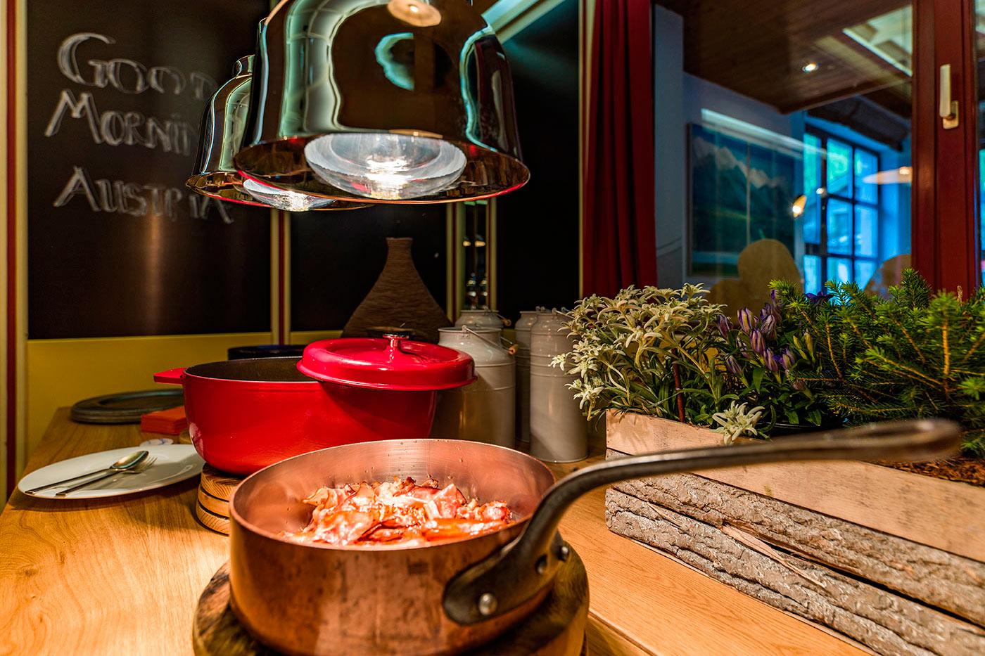 Frühstück Happy Stubai Hotel Neustift Tirol Stubaier Gletscher Österreich