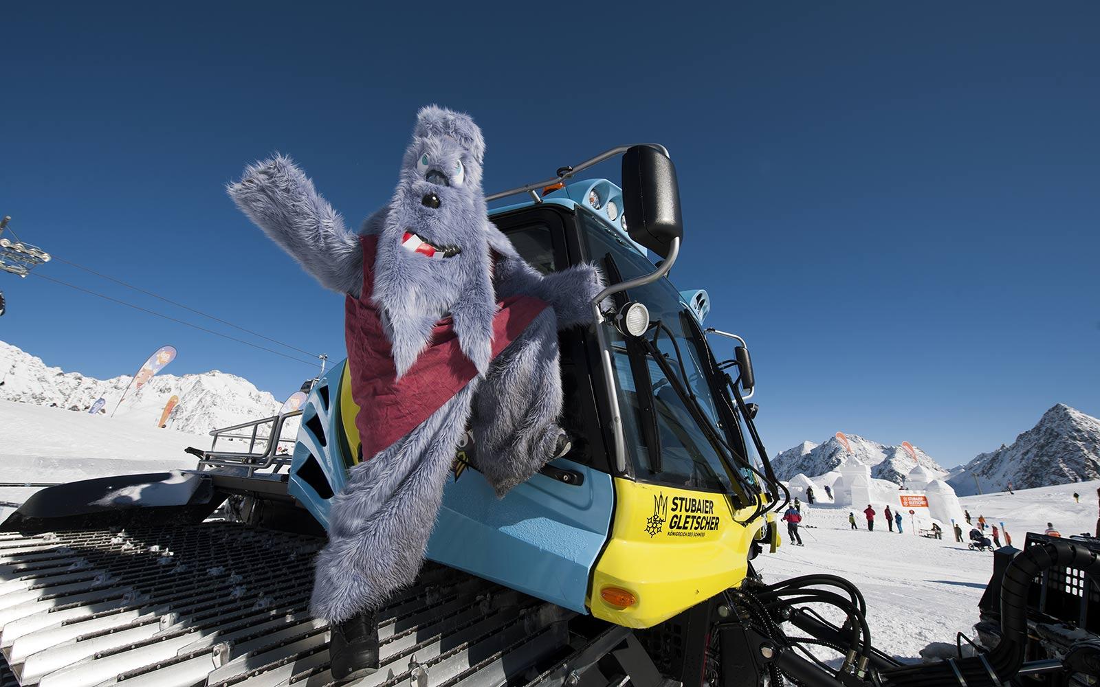 Winter family holidays Stubai Glacier Hotel Happy Stubai Neustift Austria