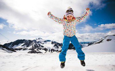 Familienurlaub im Winter Happy Stubai Hotel Neustift Tirol Hostel