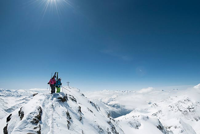 Super Ski in Tyrol - Hotel Happy Stubai Neustift Austria