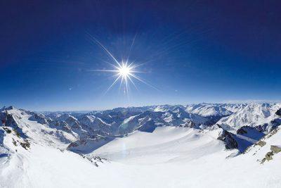 Gletscher-Skiurlaub-im-Stubaital--4-Hotel-Happy-Stubai-in-Neustift-Tirol-Austria