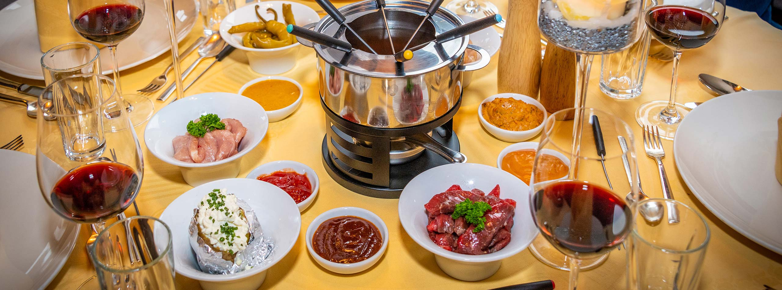 Happy fondue in the StubaiValley - Hotel Happy Stubai